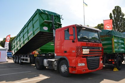 Dump body semi-trailers