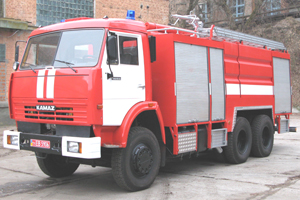Combined extinguishing fire trucks